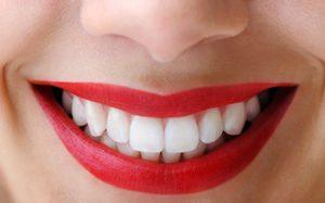 bentuk gigi cembung yang normal