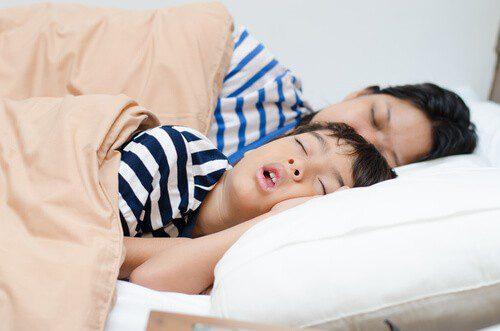Saat Anak-Anak Bernafas Melalui Mulut, Apakah Itu Berbahaya?